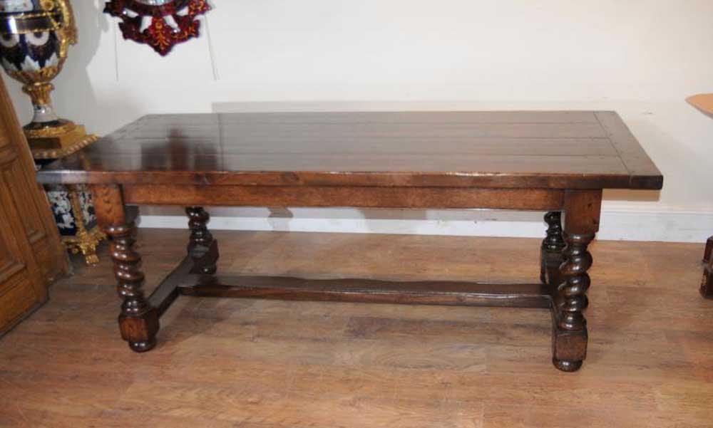Table de réfectoire en chêne - Tables de cuisine en orge à jambes torsadées