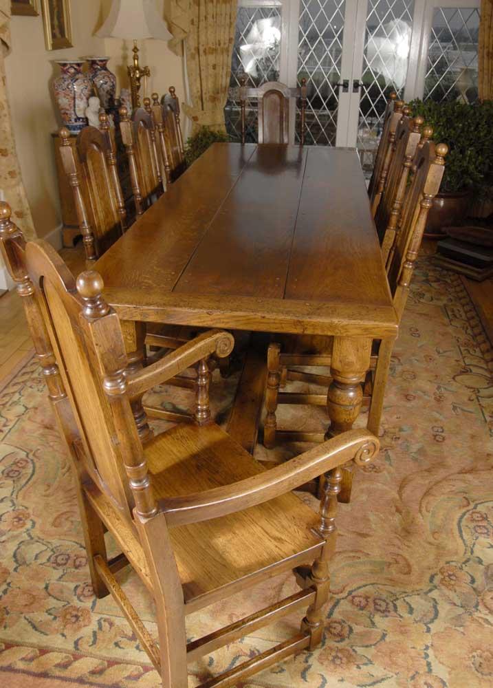 Table de réfectoire rustique anglaise et ensemble de chaises William Mary