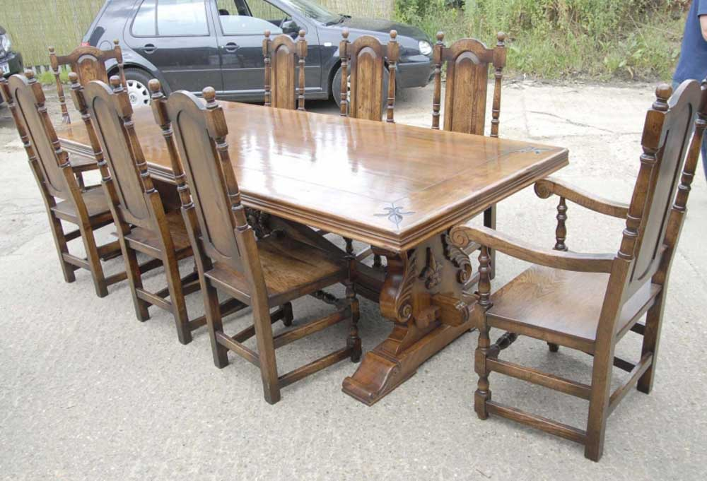 Table de réfectoire rustique de style français avec ensemble de chaises William Mary