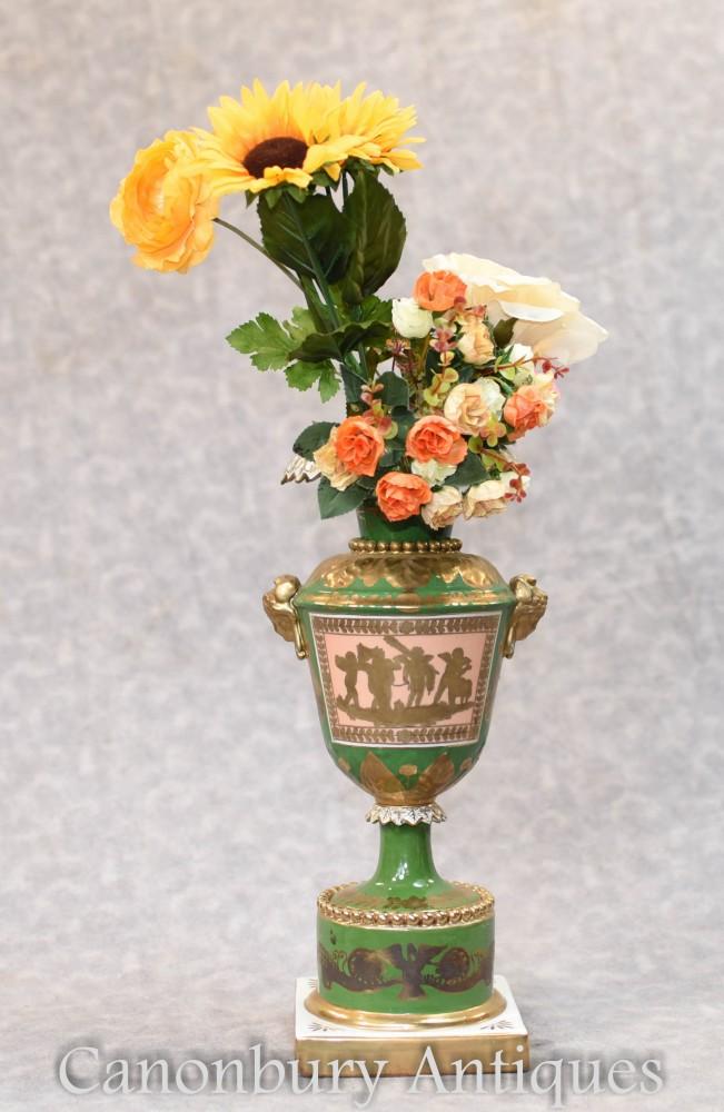 Vase En Porcelaine De Meissen - Urne De Chine Allemande
