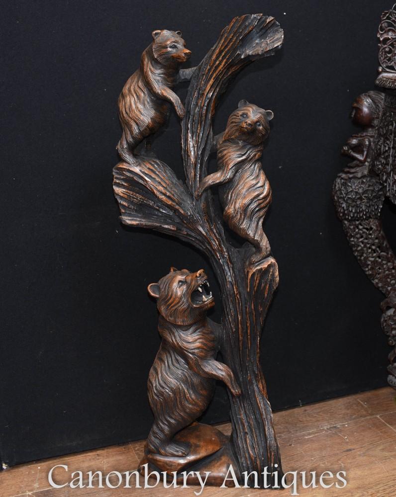 Sculpture à la main de la famille des ours de la forêt noire