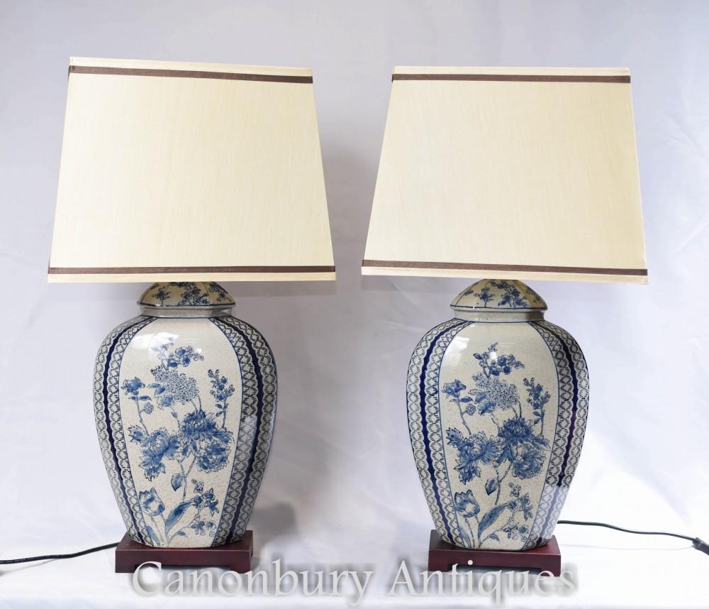Paire de lampes de table en porcelaine blanche et bleue - Luminaires Chinois