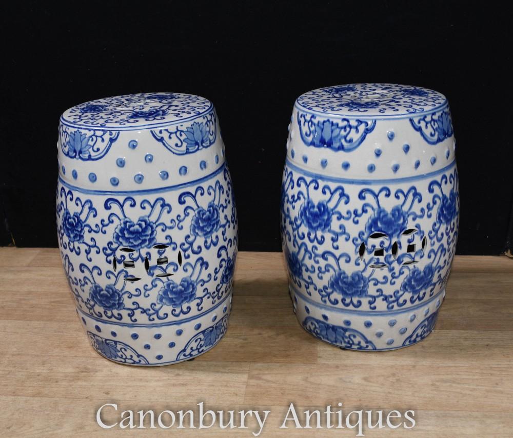 Paire de tabourets en porcelaine bleue et blanche pour sièges de jardin