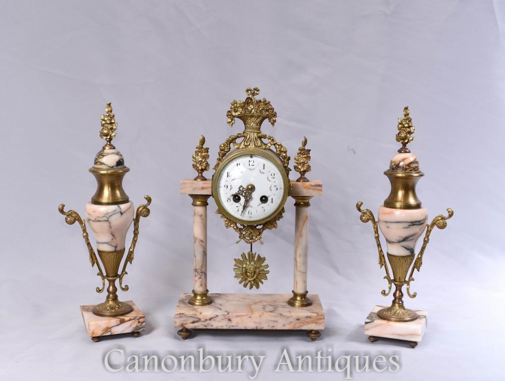 Ensemble d'horlogerie antique - Ensemble de garniture d'horloges dorées à la française