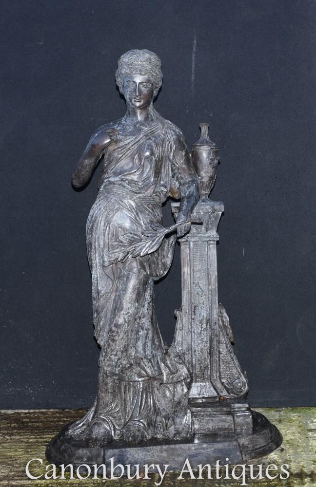 Grande statue de jeune fille romaine en bronze - Figurine classique