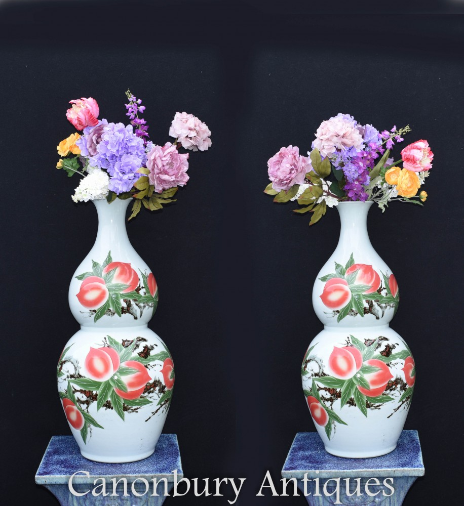 Paire De Vases En Porcelaine Chinoise - Urnes Wucai À Double Gourd
