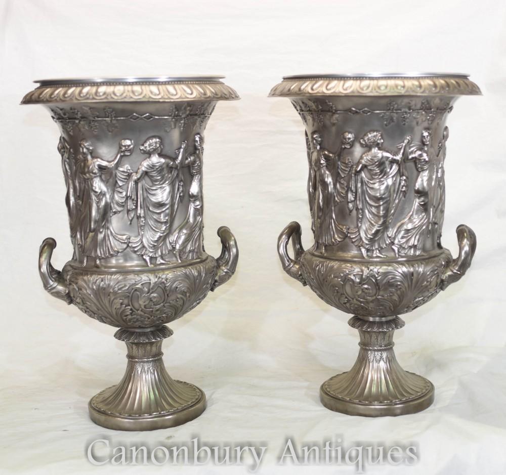 Paire Urnes Médicis en Bronze - Vases Italiens Classiques en Relief Campana