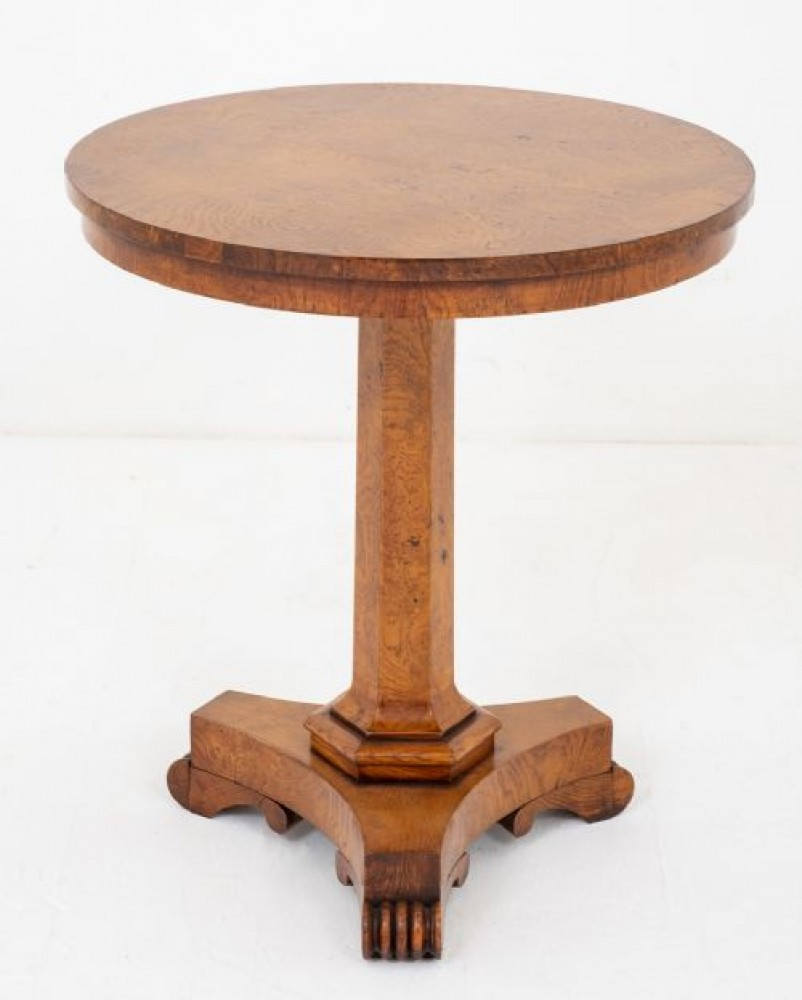 Guillaume IV, Côté Table - Burr Oak guéridons