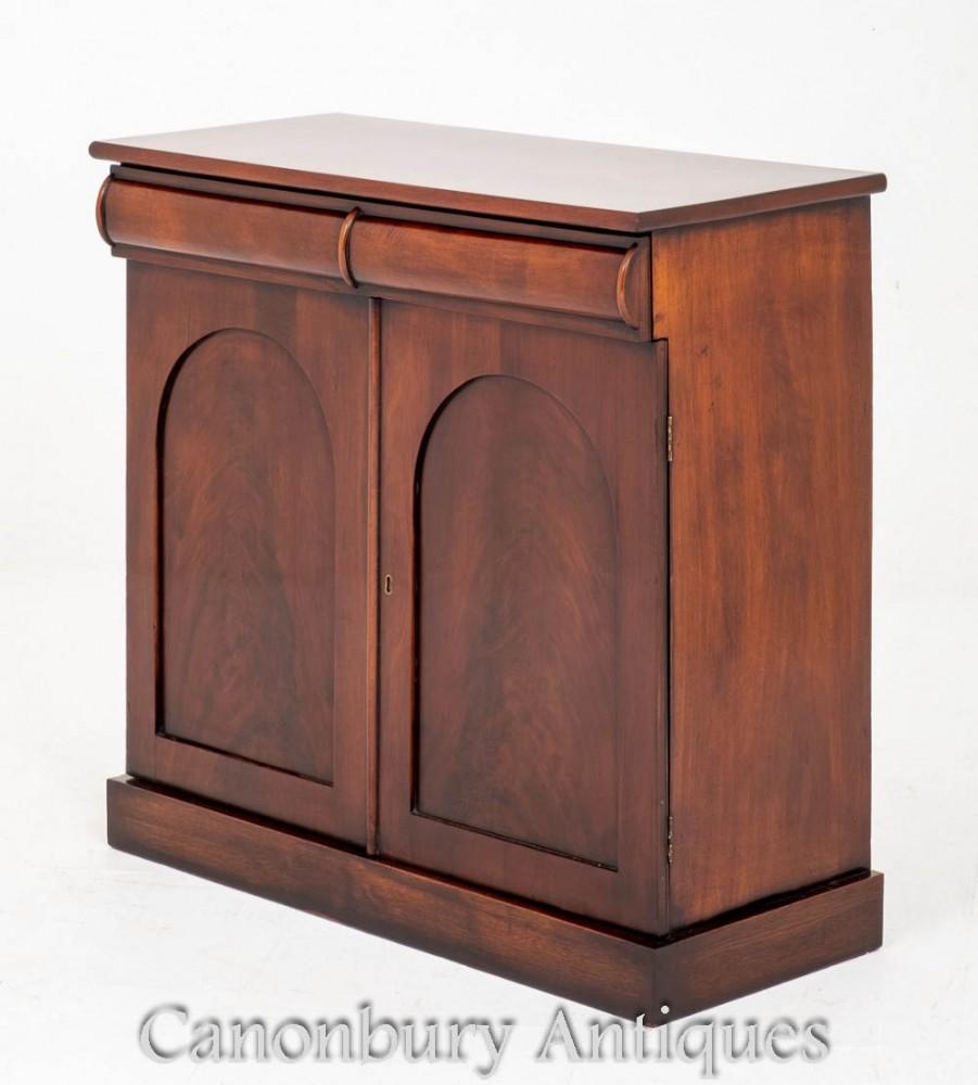 Armoire latérale victorienne Mahogany Antiques 1850